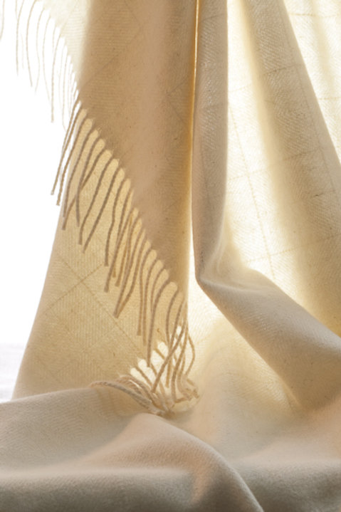 Dentdale Throw - Cream