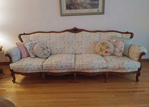 French Provincial Reproduction Set + Free Delivery
