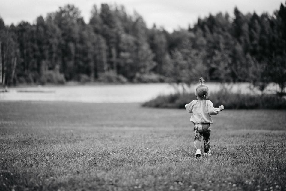 Lapsikuvaus miljöössä, Dilan Photography
