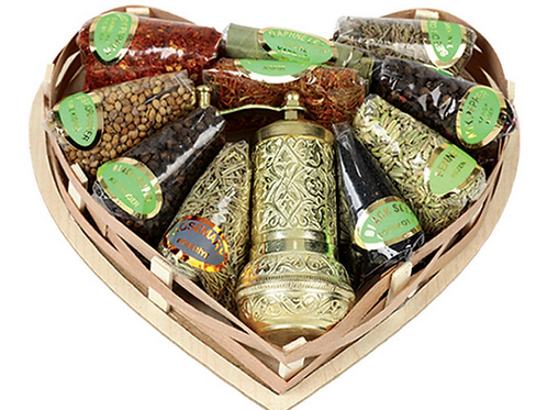 20X Sets Of Spices - Small Basket With Grinder With Heart Shape , S626