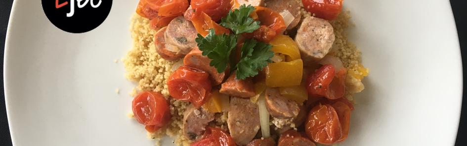 Couscous_à_la_saucisse,_légumes_et_tomat