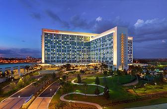 Orlando Hotel Outside.jpg