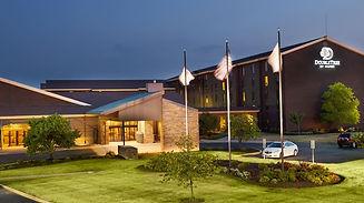 stlcn-hotel-exterior-4.jpg