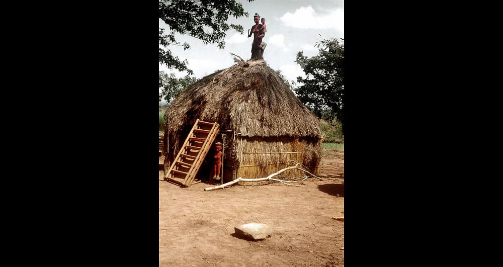 Case cheffale à Gavudi.. 1957 Crédit : L. de Sousberghe-SIRIS