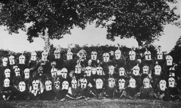 Group of Songe bifwebe masks - 1934 - Illustration Congolaise