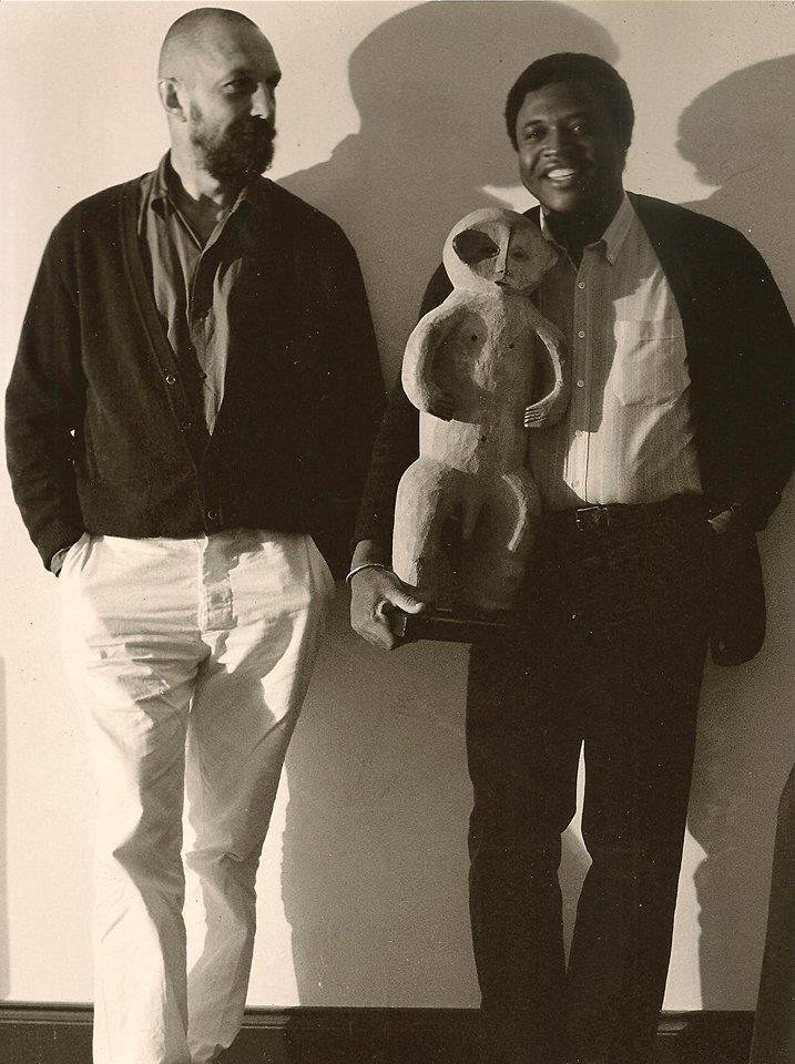 M. Keita avec G. Baselitz à Schoss Dernenburg. Copyright : Daniel Blau 1982