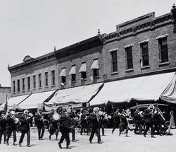 18 - Street Parade