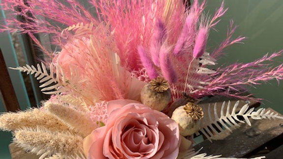 Dry flowers Hat box