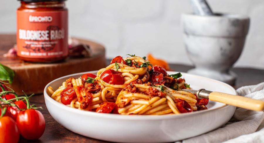 bolognese raguwith spaghetti