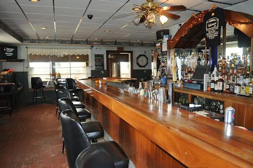 Lakewood Lodge and Restaurant