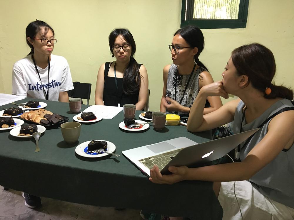 學員們分享著自己對於馬祖戰地文化的看法