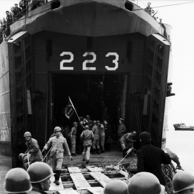軍艦223
