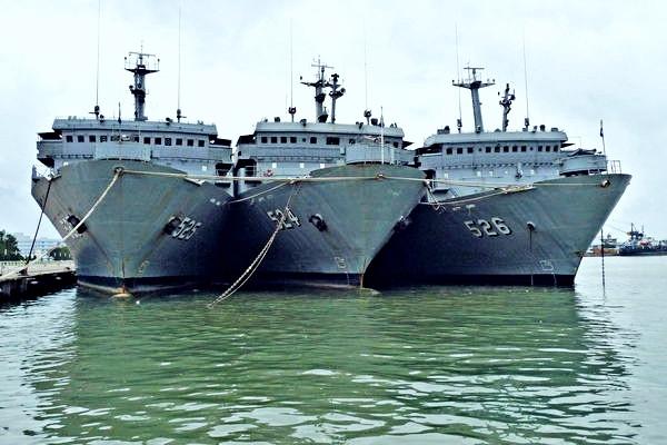 海軍AP艦