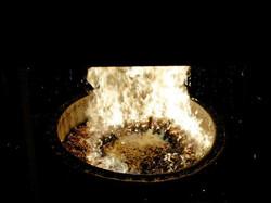 Queimador a pellets na fornalha