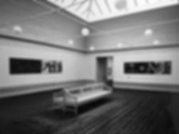GRIBER-ELSKER Solo udstilling  Fotografi Spots, beskåret projektion.   1/3 afDen Frie Udstillingsbygning, 1991  Delt bygning med med FinnNaur Petersen og KirstenLockenwitz  Fotos: Bent Ryberg, Planet Foto