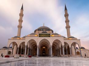 Sharjah Mosque l A Unique Symbol of Modern Islamic Art