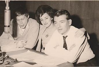 Madeine Perl et Ted King, animateurs radio