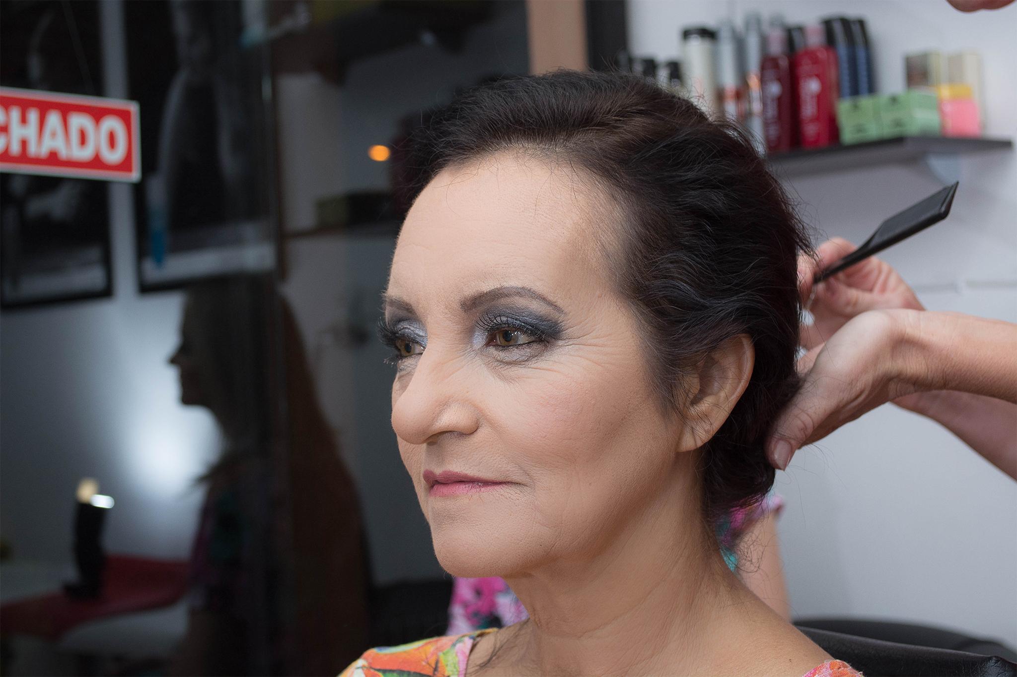 Penteado e Maquiagem - Maria