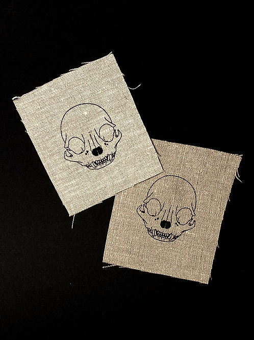 Otus skull - Up-cycled screen printed sew-on linen patch