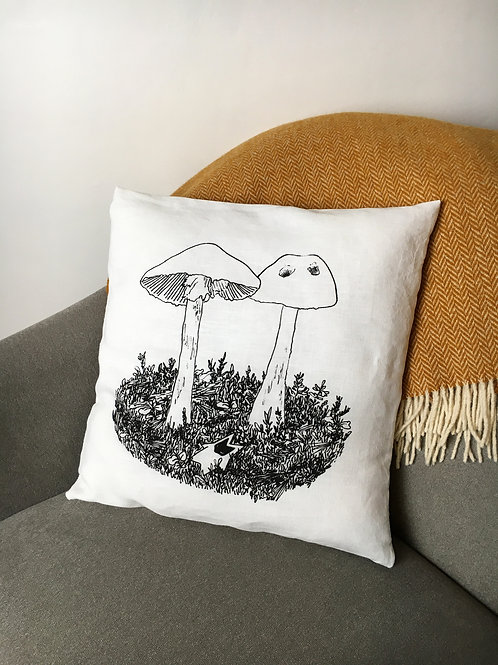 Destroying angel Cushion cover