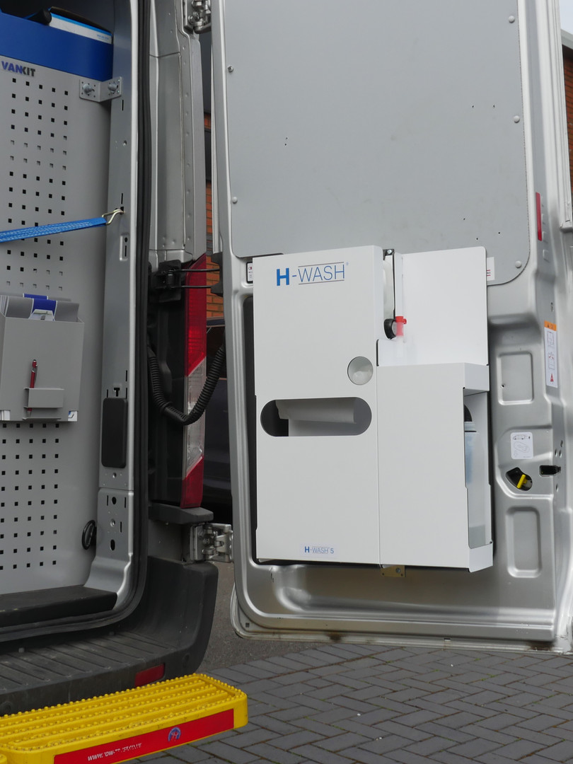 H-WASH 5 - on door