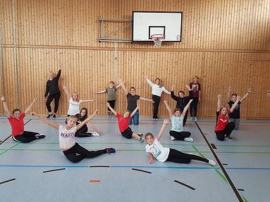 Teendance-Zeitung.jpg