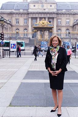 Barbara J Macon, Palais de Justice, Paris