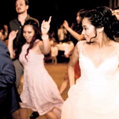 bride dance with DJ shaggi