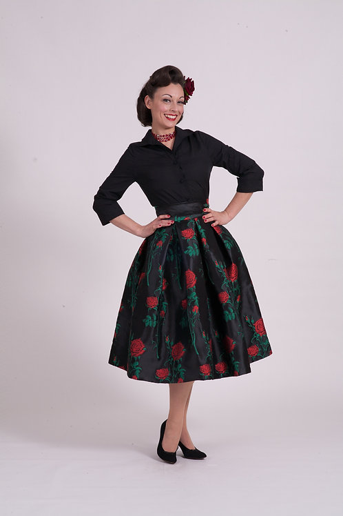 'Elizabeth' full skirt - Red Rose Thorn