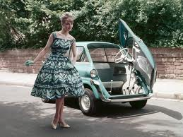 aqua girl n car