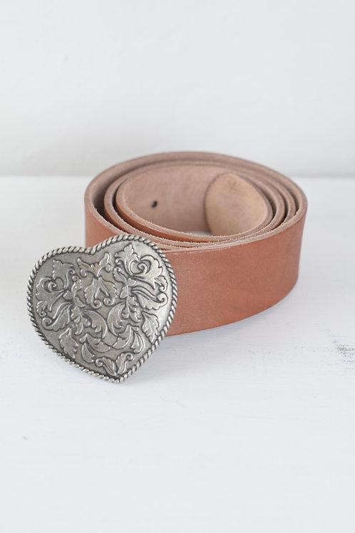 cinturón corazón cuero