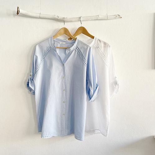 blusa entredós azul