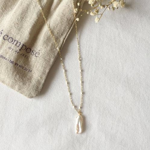 gargantilla bolitas perlas con perla alargada
