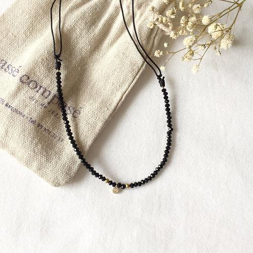 gargantilla cristal de roca en negro