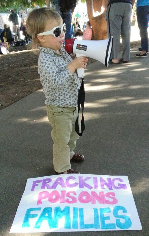 FrackingPoisonsFamilies