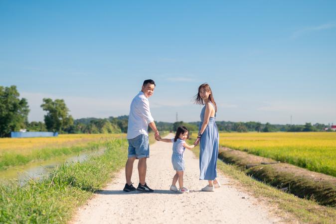 Kent Family Portrait Day 2-0040.jpg