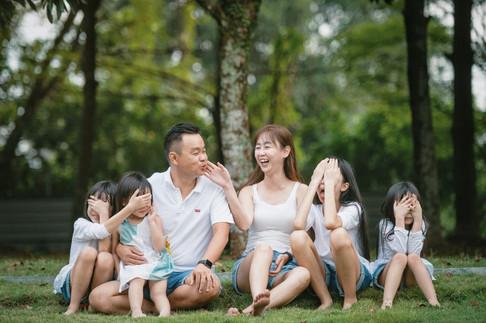 Kent Family Portrait -0050.jpg