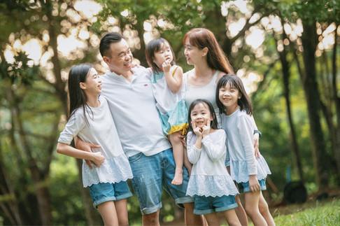 Kent Family Portrait -0074.jpg