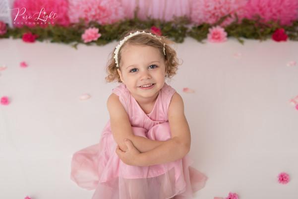 Saskatoon-child-photographer-girl-pink-d