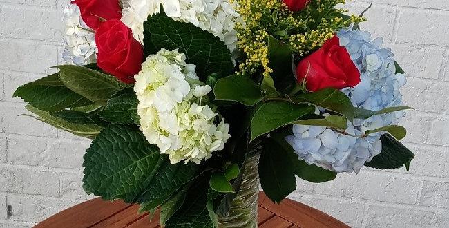 Hydrangeas and 6 Rubies. Hydrangeas and 6 roses .