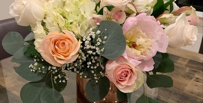 Lorena's Creations, beautiful flowers for the special day.