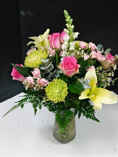 pink and more, pink roses and other flowers