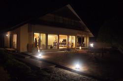 JSバッハ文化センター夜景