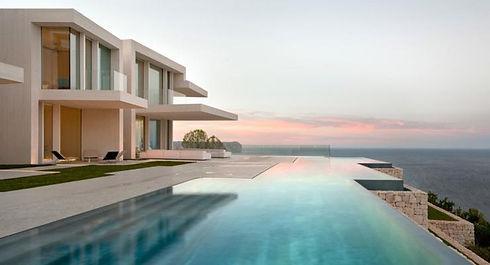 piscina borda infinita.jpg