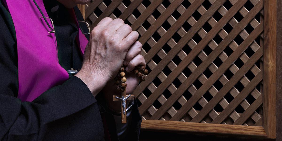 web3-confessional-priest-hands-shutterst