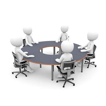 Ceci est l'image des collaborateurs de l'entreprise myspectacle pendant une séance de travail