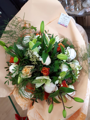 bouquet 2-min.jpg