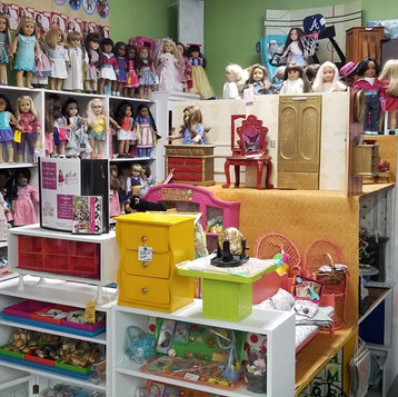 melbourne antique mall American Girl Dolls.jpg
