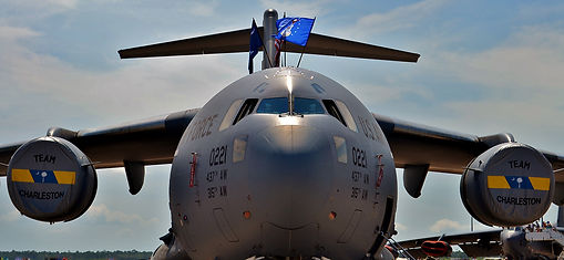 C-17 Globemaster sm.jpg