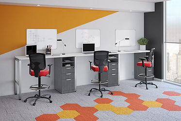 SS15B: 3 person standing workstation